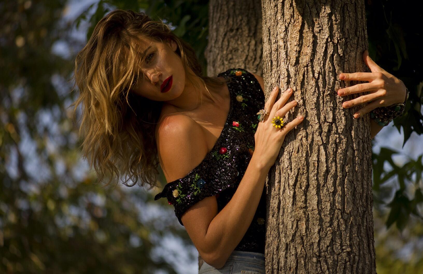 Celebrity Portrait photography - shantel VanSanten - SMILE XXVII Studios